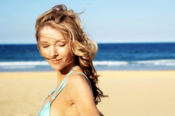 Рецепти за предпазване на косата от слънцето