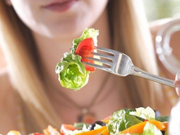 Вечерята: основни грешки, които ни пречат да отслабнем