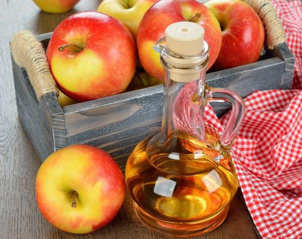 Няколко рецепти за красота с ябълков оцет