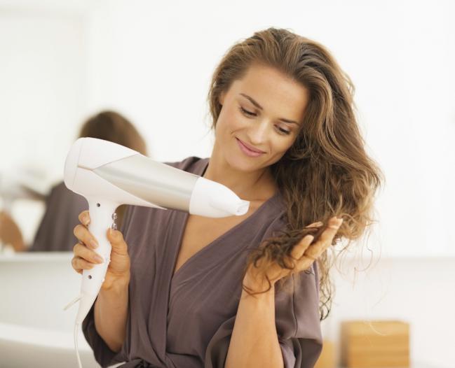 5 грешки, които допускаме при сушенето на косата