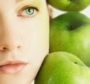 Домашна маска от ябълка за подмладяване на кожата