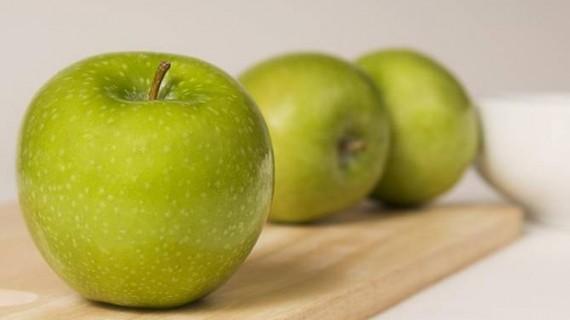 Защо да ядем по една зелена ябълка всеки ден?