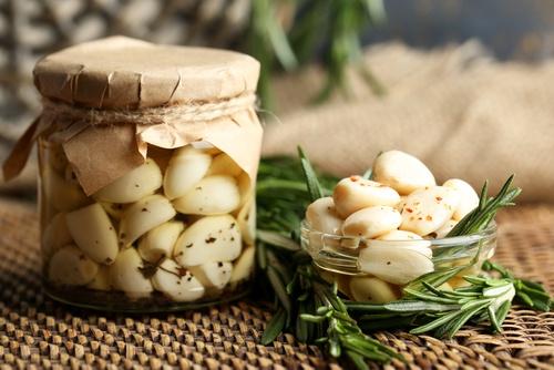 Рецепта срещу косопад с чесън и зехтин