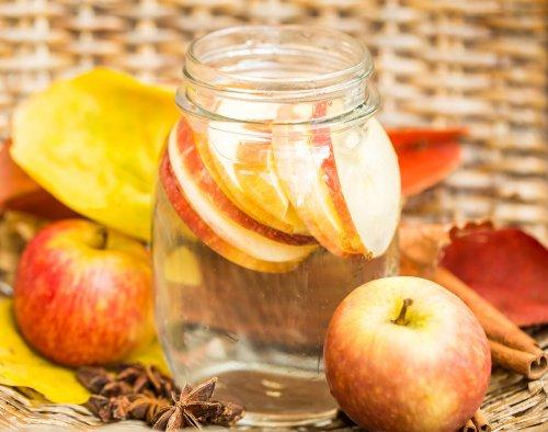 Детокс вода от ябълка и канела за бърз метаболизъм
