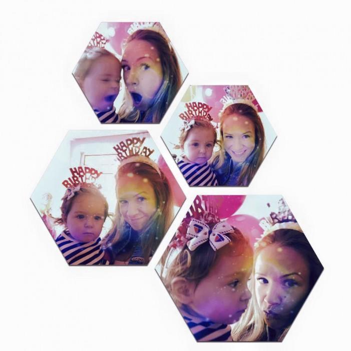 Дъщерята на Лора Караджова – пълно нейно копие!