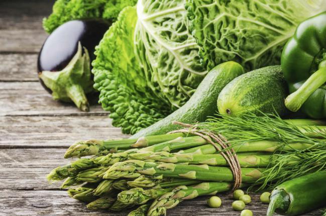 Защо е важно да ядем повече зелени зеленчуци