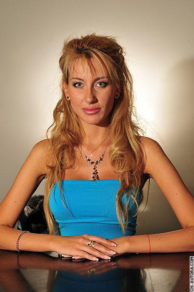 Антония Петрова през 2009, когато стана Мис България