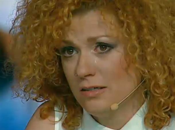Люси Дяковска отказа да роди от германец !