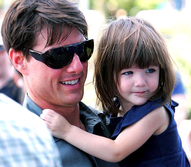 Том Круз не се е срещал с дъщеря си Сури от 2 години