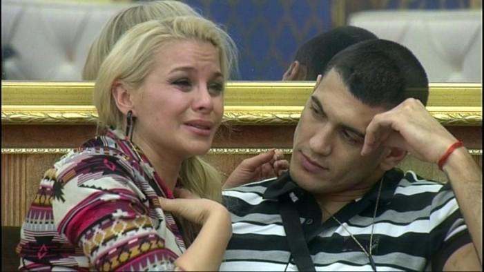 Деси Слава разкри защо Зарко я зарязал – драматичната изповед тук: