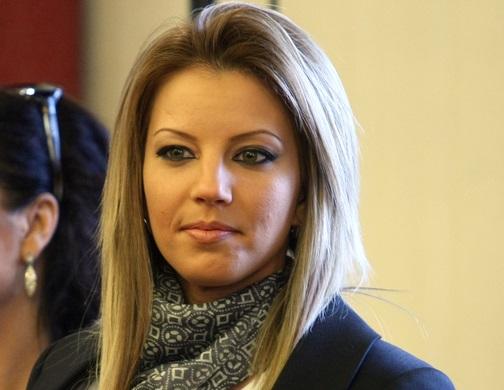 Емилия разкри: На антидепресанти съм заради изневярата Коко Динев с Преслава!