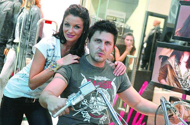 Асен Блатечки съсипа Диляна Попова! Манекенката посърна от мъка – СНИМКИ: