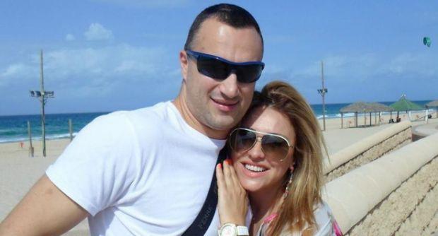 Съпругът на Рени цъфна с любовницата си! Снимка: