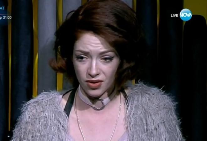 Моделката Глория Петкова направи нещо неочаквано! Виж Тук: