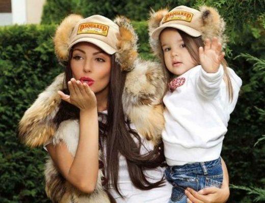 Шок! Николетa Изтъргува 4- годишната си щерка Никoл!