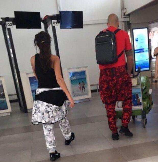Николета и Ники Михалов на летището в Мале