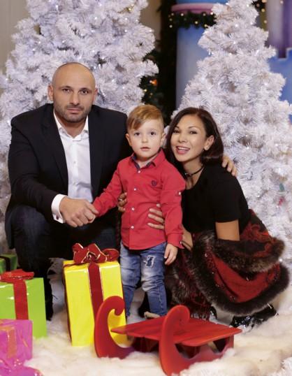 Юлияна и Стъки със сина им Стъки- младши