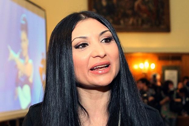 Софи Маринова се помири с родителите си след 10 години! Виж Тук: