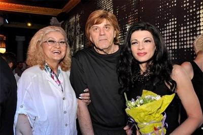 Борислав Грънчаров със съпругата си Светла и дъщеря си Мария