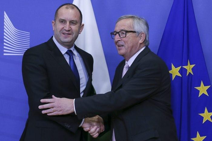 РУМЕН РАДЕВ ОДОБРИ СЕТА и подкрепи русофоба Доналд Туск за Председател на ЕС! Виж Тук: