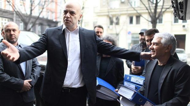 Референдумът на Слави беше подкрепен от близо 3 млн. българи