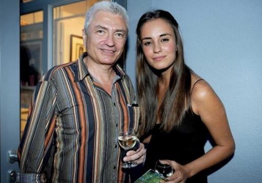 Радина Кърджилова заведе бебето на изложба