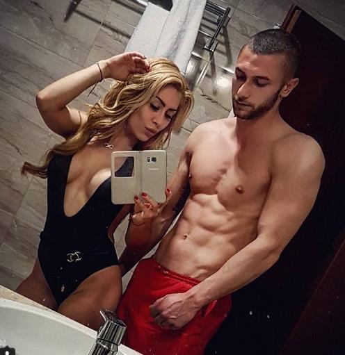 Ася Капчикова не спира да дразни Криско с новия си! СНИМКИ: