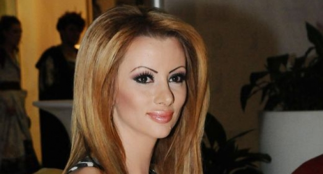 Шок! Таня Боева остави съпруга и детето си заради млад любовник в САЩ!