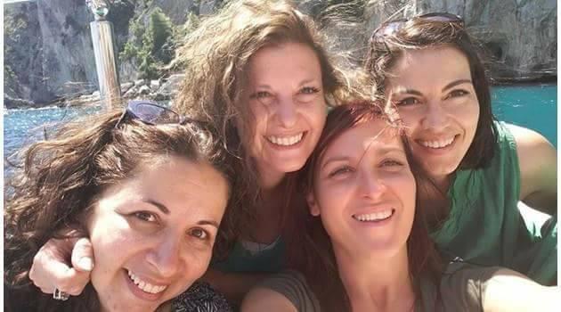 Сарелска и най- близките й приятелки, който първи скочиха на Васил Иванов