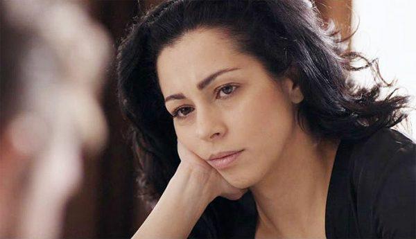 Елена Петрова фалира! Актрисата загуби 2 апартамента!