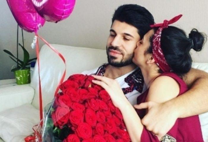 Фики разкри кои ще са кумовете на сватбата му + ще покани ли Преслава – Виж Тук: