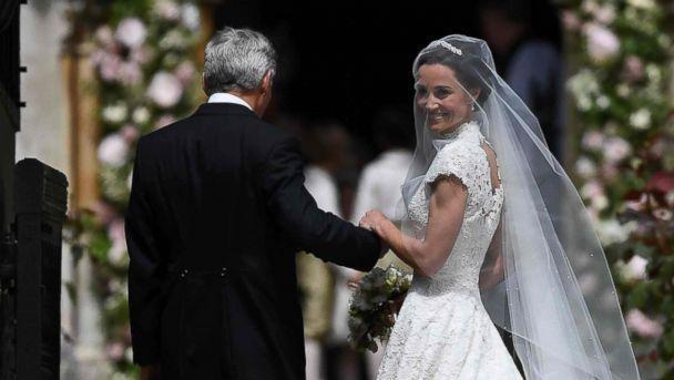 Сватбата на годината! Пипа Мидълтън се Омъжи! Булчинската й рокля ще ви остави без дъх! СНИМКИ: