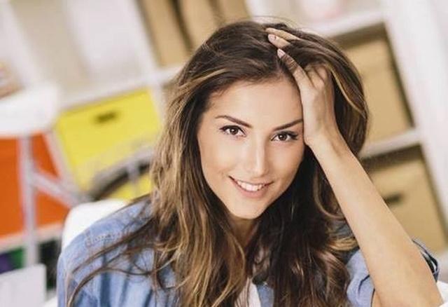 Александра Богданска със стряскащо признание: Косата ми окапа! Ето какво се е случило: