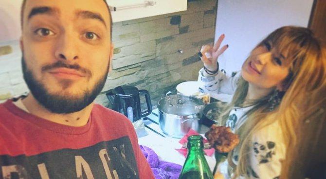 Бомба! Ася Капчикова потвърди: Криско си пада по мъже! ВИДЕО: