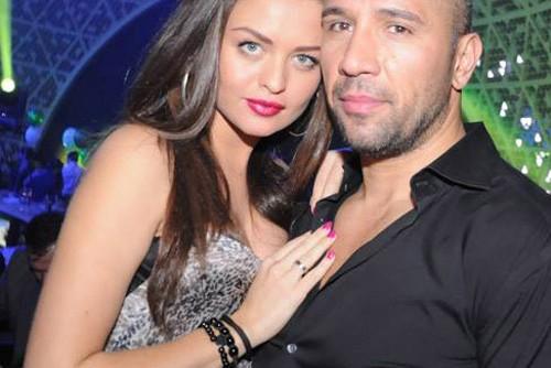 Съпругата на Петко Димитров развя голо дупе в мрежата! СНИМКИ: