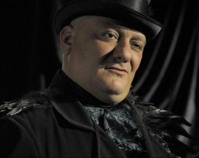Трагедия! На 44 г. почина актьора Стефан Щерев- Чечо!