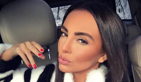 Ти да видиш! Николета награби гаджето на Валери Божинов! СНИМКА: